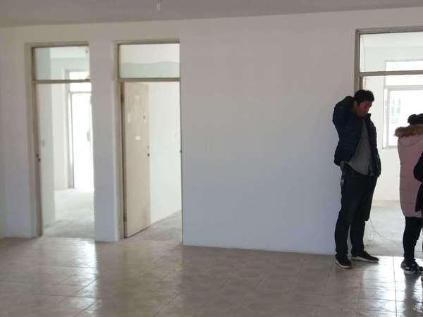 新都二区学区房 顶账房6楼4室2厅1卫
