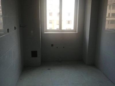 威高花园熙和苑110平5楼多层 有草厦 车位 三室朝阳 水电已改好