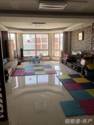 出售芙蓉花园4室2厅2卫158平米268万住宅