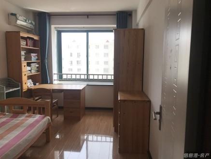 钦村阳光钦城!95平3室精装修!有储藏室!