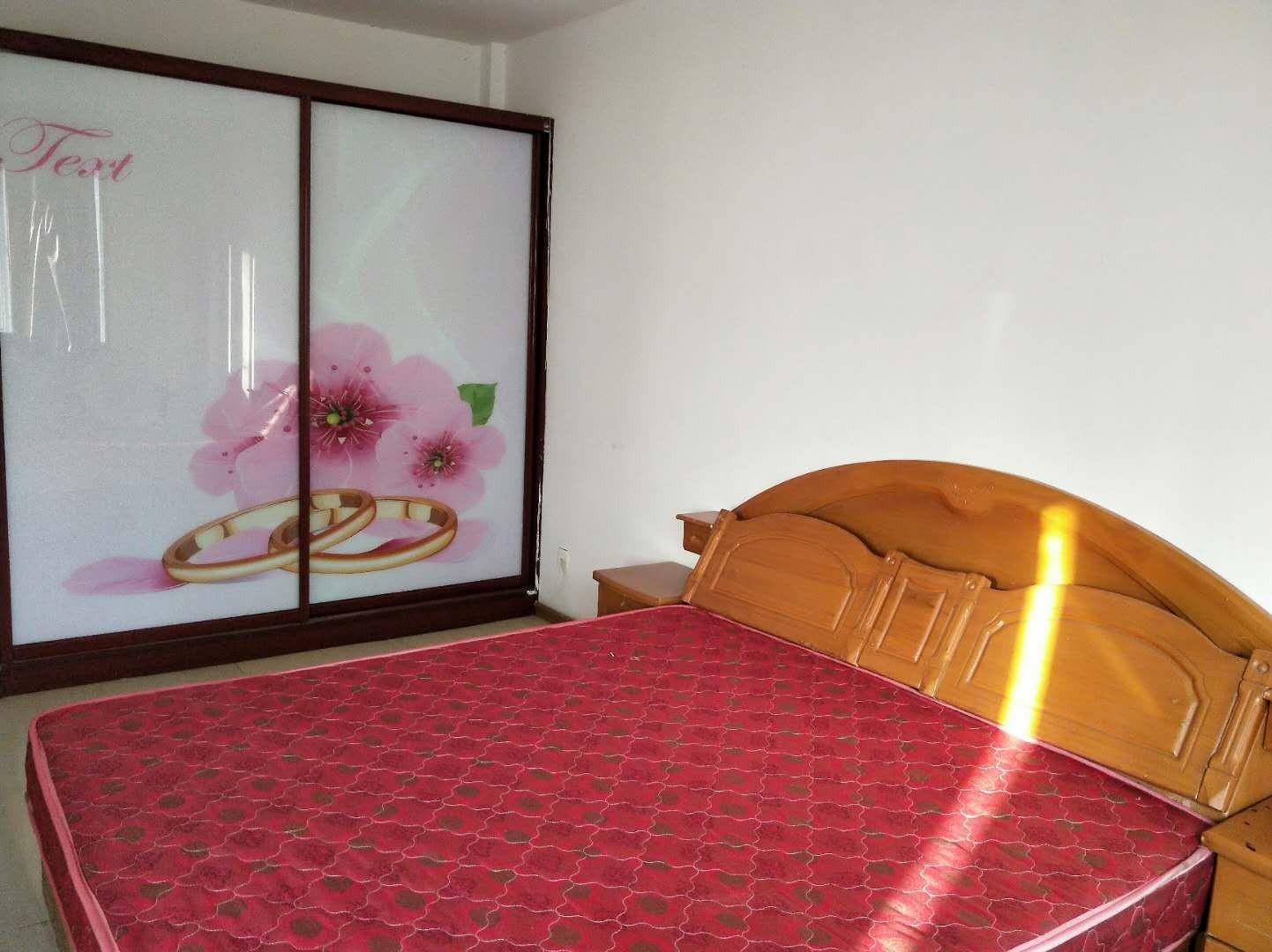 昌鸿小区两室两厅简装修楼房出租楼层好