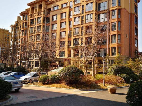 威高花园熙和苑,电梯10楼,南厅,全明户型,房证过户可贷款