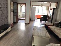 钦村阳光钦城2楼95平3室精装修带车位!