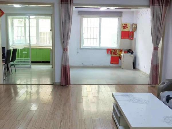 出售名流花园3室2厅1卫108平米139.8万住宅