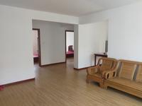 望岛名郡3室2厅1卫112平米简装