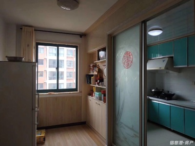 世昌大道寨子锦绣园框架房带储藏室住人3楼81平