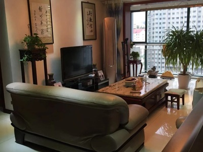 高新花园精装153平14楼 2009年3室2厅无草厦可拎包入住175.8万