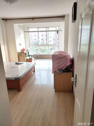 威高花园A区 有房证 住人3楼 位置好