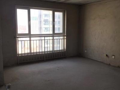 出售高新花园3室2厅1卫135平米175.8万住宅