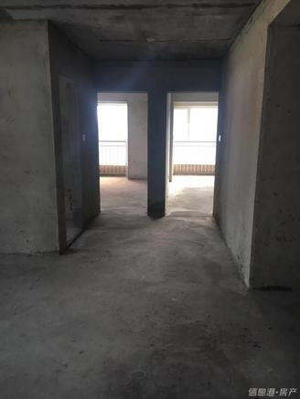高新花园二期127平9楼 2012年3室2厅带草厦带车位160万