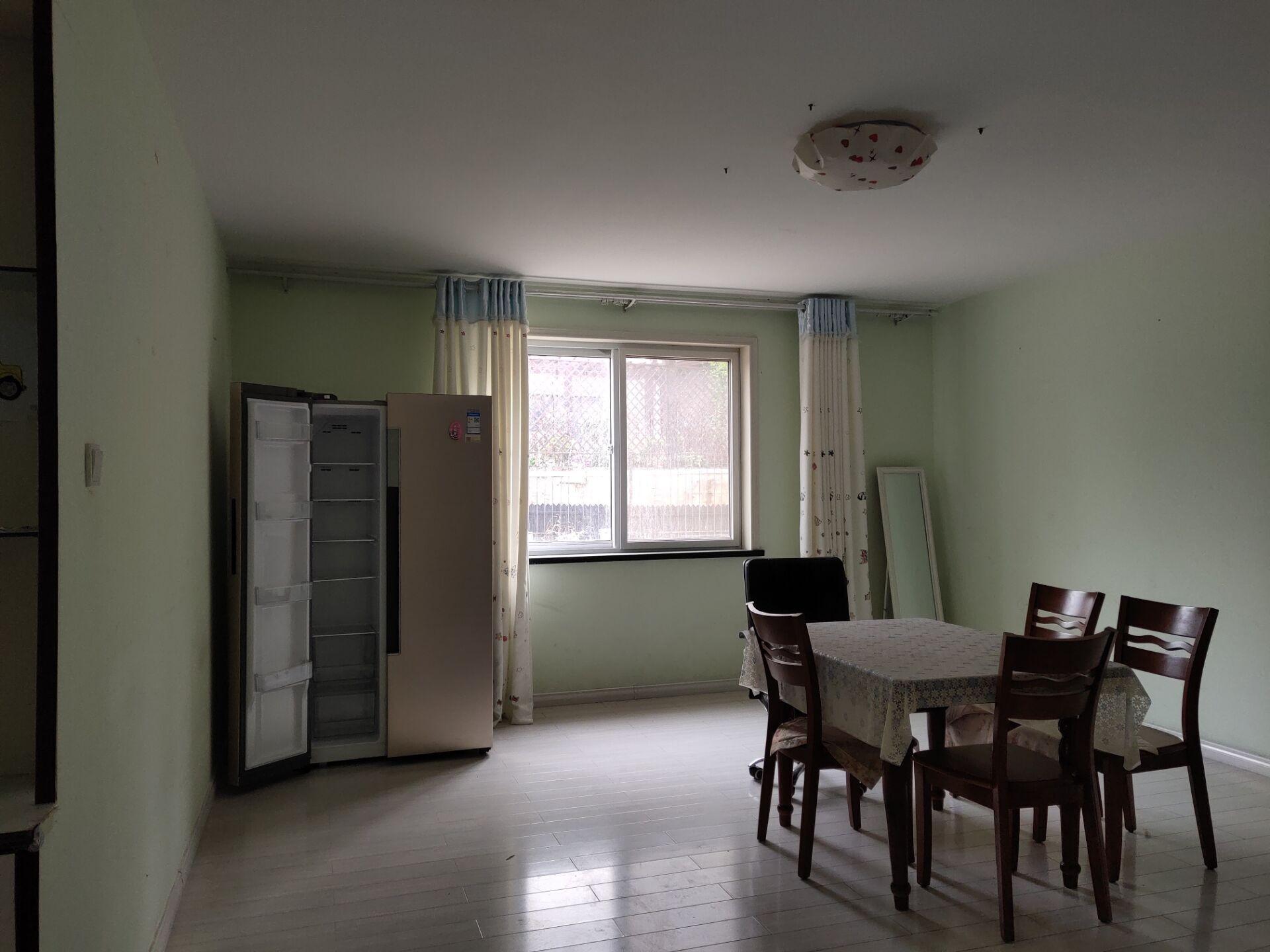 孙家疃山海华府精装2室带部分家电106平2楼月租900元