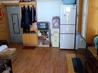 古寨学区房装修62平住人5楼 1998年2室1厅草厦外开门8平56.8万