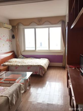 市中心 神道口 古寨东路 万福公寓 电梯 南向简装 一室一厅一卫