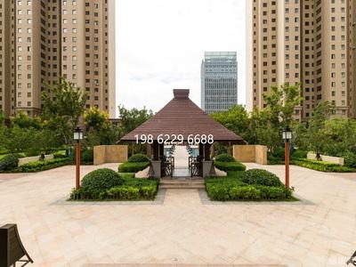 九龙城商圈 华发九龙湾 一期 一线海景房 高层看海4室2厅2卫 配套齐全