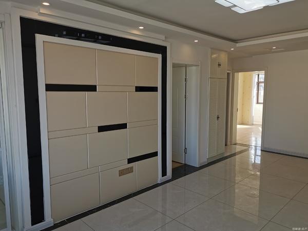 古寨中小学学区房万家疃市场旁6楼63平米精装两室两厅带储藏室56.8万