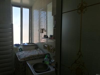 鲸园小学学区房光明花园电梯8楼98平米精装两室两厅框架房108万