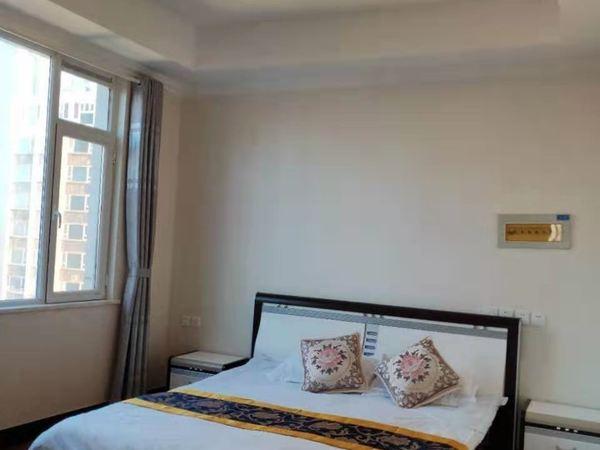 高区帝景湾北向一线海景房18楼94平精装带家具家电两室两厅全明户型