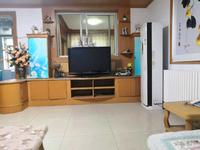竹岛大润发金线顶3楼119平三室两厅带车位实景照