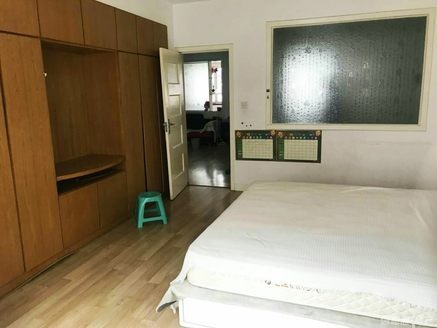 寨子 封闭小区 住人2楼3室 带15平储藏室 方厅 2室向阳 多层 公摊小