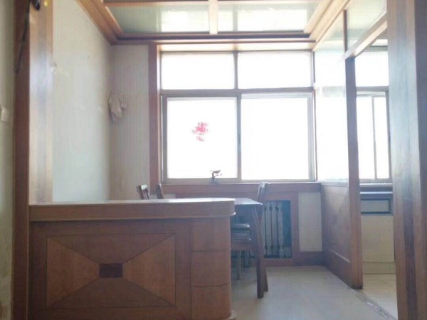 古寨东路装修80平5楼顶二 1998年3室1厅草厦10平75万