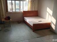 出租新都二区1室1厅1卫40平米1300元/月住宅
