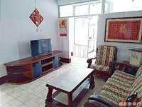 潍坊路小区三室楼房出租,设备齐全,拎包入住