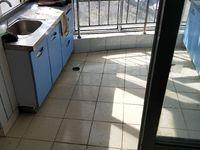 新浪屿花园中等装修两室两厅电梯房出租