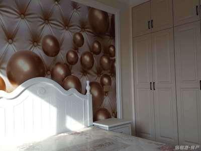 南竹岛顶加阁楼83 57平三室两厅双卫精装带储藏室109.8万