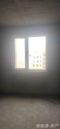 出售小城故事3室2厅1卫116.86平米125万住宅