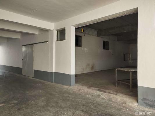 办公楼整一楼及两间100平的车间