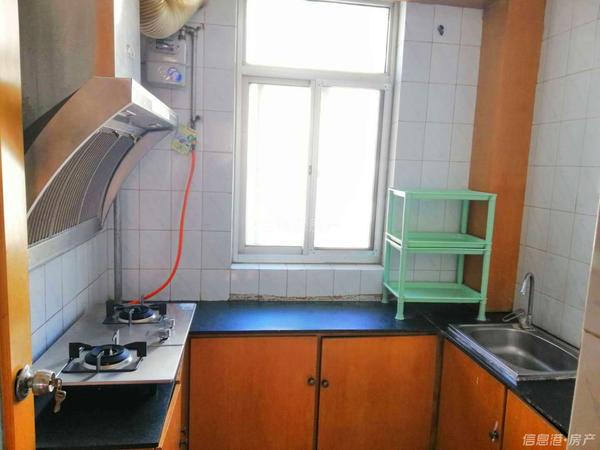 1300!竹岛大润发梦海苑3楼82平3室新洗衣机、热水器等实景照