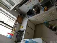 车站北长峰馨安苑小区门口就是幼儿园,小中学,交通方便,成熟小区