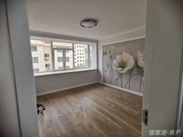 青岛中路南竹岛5楼精装婚房94平三室两厅带储藏室92.8万