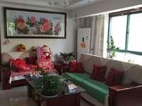 南竹岛小区c区1楼带花园118平米210万住宅