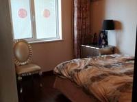 出租华新园3室2厅2卫140平米2500元/月住宅