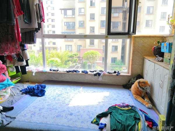 学府华园电梯洋房3室2厅1卫119平米166万住宅