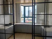 滨海龙城电梯13楼西边户精装修110.36平3室包税
