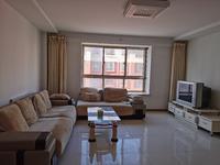 威高花园对面文鑫嘉园多层框架三室朝阳大方厅有窗