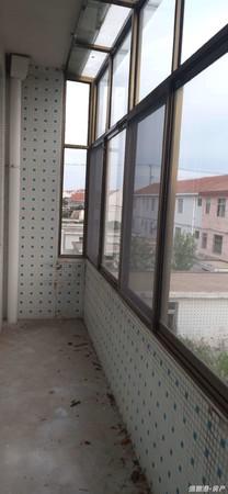 出售荣成其他4室3厅2卫183平米150万住宅