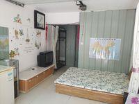 出租荣成其他1室0厅1卫25平米450元/月住宅