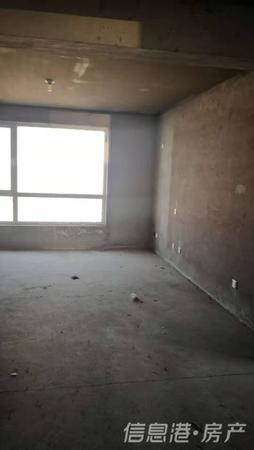 云山郡149平3室2卫毛坯新房十车位十储藏室 直签低售 疯抢