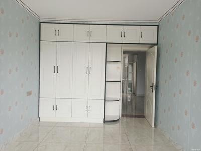 威海临港温阳六区72平米三室精装33万209公交终点站