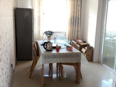 出售石岛开发区桃园街道朝阳小区3室2厅2卫140平