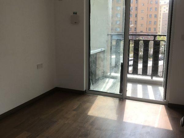 出售中南华夏熙悦4室2厅2卫127.69平米159.6万住宅