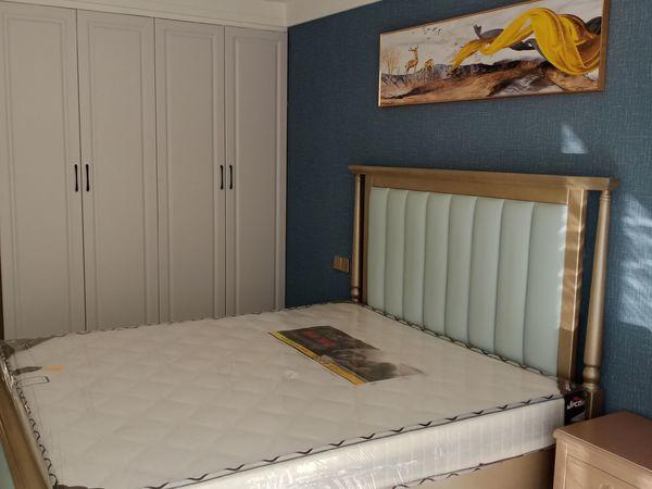 出售卧龙山庄2室2厅1卫70平米69.8万住宅