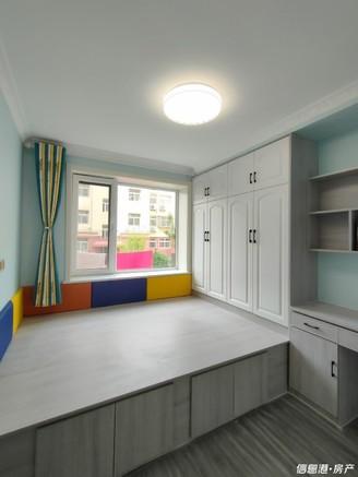 出售华海园一楼3室2厅1卫77.5平米82.8万住宅